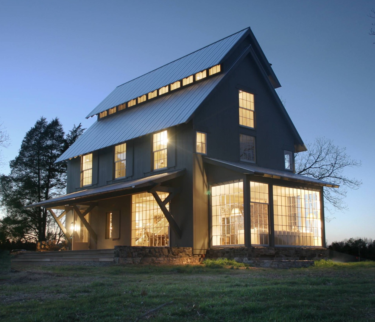 Trend alert modern farmhouse interior design the for Modern pole barn homes